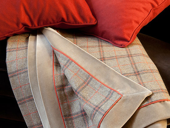 loro-piana-throws-and-bed-covers-3