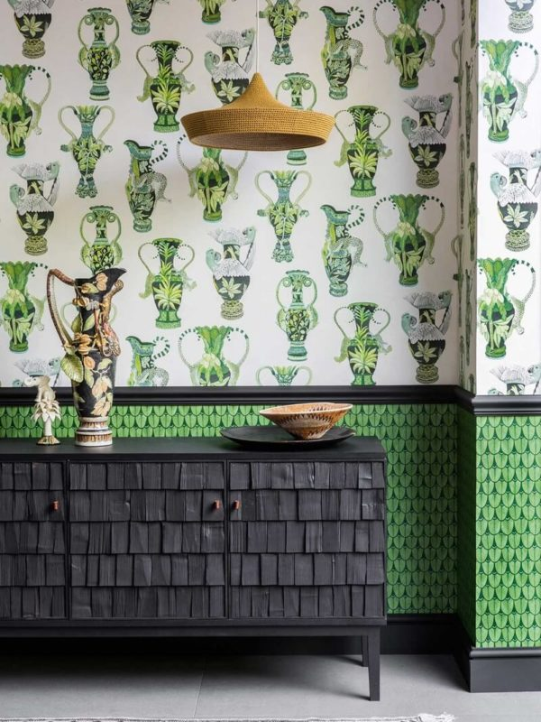 CRIPE-COLE and SONS-Wallpapers-Ardmore-khulu-vases
