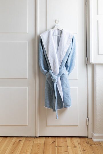 CRIPE-SOREMA-BATHROBES-ENTRANCE