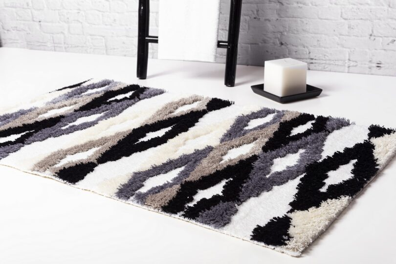 CRIPE-SOREMA-VERTEX-BATH-RUG-MOOD-ANTHRACITE